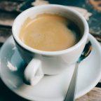 Zestaw filiżanek do kawy – idealny dodatek do wnętrz