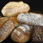 Pieczenie chleba w silikonowych foremkach